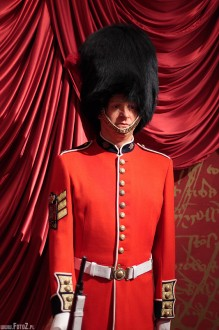 muzeum figur woskowych londyn, madame tussauds - london - Buckingham Palace Guard